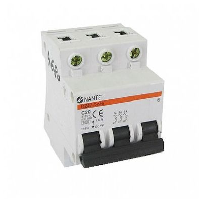 Three pole switch fuse